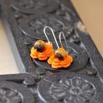 Flower Earrings with Gemsto..